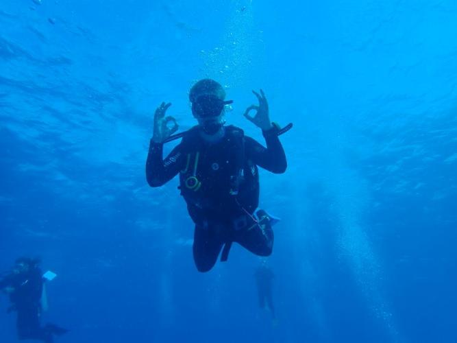 Final dive in beautiful water